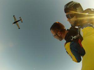 experiencia de Alex de Verín con paracaidismo Galicia